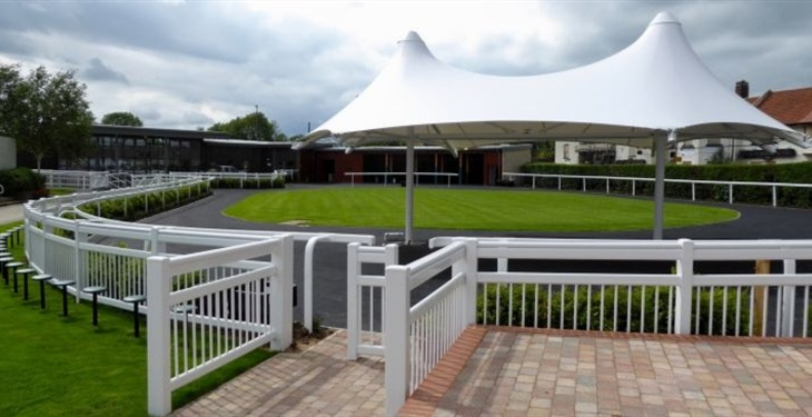 CATTERICK RACECOURSE RE-OPENS...